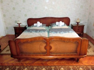 Schlafzimmer 1 (Chippendale)